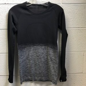 Lululemon black and white LS top, sz 6, 62769
